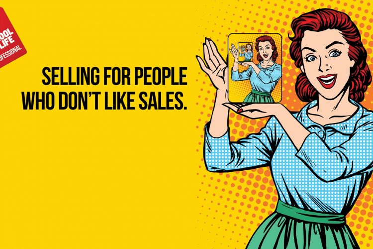 """""""Selling for people who don't like sales"""" banner van de The School Of Life"""
